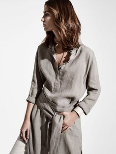 Find Sarah Pacini s ready to wear collection for who appreciate fashion  beyond the usual. A f812f37280