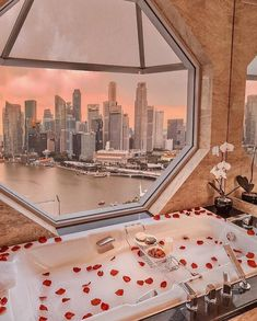 Cayman Island Honeymoons - Top Resorts and Ideas ♥ Time for a honeymoon but you're not sure where to go? Take a peek at our guide for Cayman Island Honeymoons now for breathtaking ideas. leisure Cayman Island Honeymoons - Top Resorts and Ideas Dream Bathrooms, Dream Rooms, Tara Milk Tea, Relaxing Bath, Travel Aesthetic, Sky Aesthetic, Cayman Islands, Spas, Dream Vacations