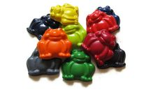 Frog Crayons set of 20  party favors  recycled by KagesKrayons, $14.00