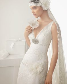 """inspired veil by Rosa Clará. The dress it's pictured with is called """"Calima"""" which is also part of the 2014 Rosa Clara collection. Rosa Clará is always my favorite bridal designer. Wedding Dresses Under 500, Wedding Dresses 2014, Cheap Wedding Dress, Wedding Gowns, Wedding Cakes, Wedding Hijab, Gatsby Wedding Dress, Gorgeous Wedding Dress, Lace Wedding"""