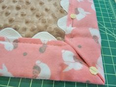 Cuddle + Flannel Baby Blanket with Easy Binding: Fabric Depot & Shannon Fabrics Self Binding Baby Blanket, Easy Baby Blanket, Minky Baby Blanket, Weighted Blanket, How To Sew Baby Blanket, Flannel Baby Blankets, Receiving Blankets, Diy Bebe, Baby Sewing Projects