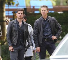 "Colin O'Donoghue and Josh Dallas - Behind the scenes - 6 * 1 ""The Savior"" - 12th July 2016"