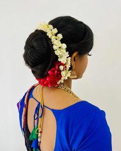 Indian Wedding Invitation Cards, Bridal Hair Buns, Bun Hairstyles, Designers, Feminine, Saree, Long Hair Styles, Bride, Hot