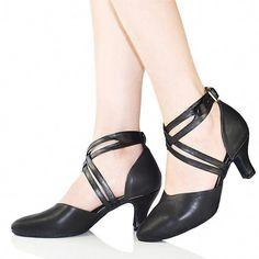 9d408c719 15 Best sapatos dança images in 2017   Black, Dance shoes, Dancing shoes