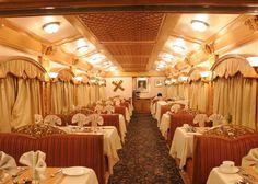 Dining Car, Deccan Odyssey
