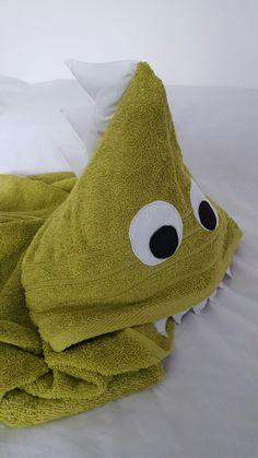 Dinosaur hooded towel Available at Etsy shop: Sunny Days, Felt, Colours, Etsy Shop, Blanket, Bath Time, Header, Towels, Ribbon