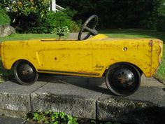 Yellow Mustang Pedal Car Pedal Tractor, Pedal Cars, Antique Toys, Vintage Toys, Yellow Mustang, Car Trailer, Go Kart, Mellow Yellow, Old Toys
