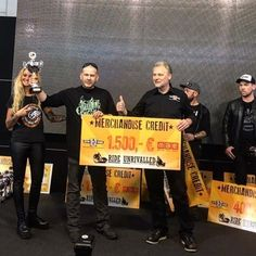 Gas'd Rat takes modified Harley and breaks a record for the show with a unanimous vote from the judges #motorbikeexpoverona #hardninechoppers #speedweevil #customdesignstudios @hard9choppers @kirktaylor.cds #trulyfuckinghumbled #itsaboutbuildingbikesandproperfriends