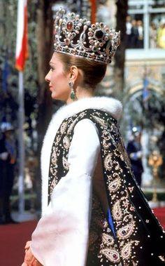 Royalty & Pomp: Empress Farah of Iran.