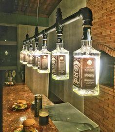 Lustre Industrial/Garrafas Jack Daniel's