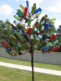 Bottle Tree[[[WOW that's a lot bottles