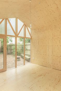 Image 9 of 9 from gallery of Lantern Studio / Surman Weston. Photograph by Wai Ming Ng Minimalist Lanterns, Design A Space, Bamboo House, London Garden, Garden Studio, Roof Light, Timber Wood, House Extensions, Garden Office