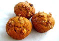 Priya's Versatile Recipes: Eggless & Sugarless Walnut Banana Wholewheat Muffins