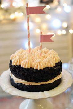 Tarta de bizcocho de chocolate-chocolate (con extra de consejos) Desserts, Foods, Cakes, Love, Drinks, Food Cakes, Sweet Treats, Chocolate Loaf Cake, Tips