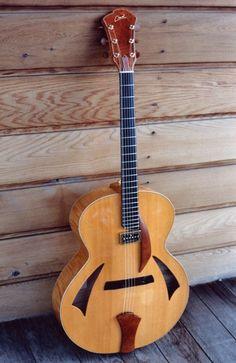 Cheval Guitars Strad Model