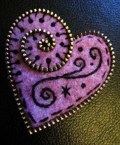 woolly fabulous 'small heart brooch'