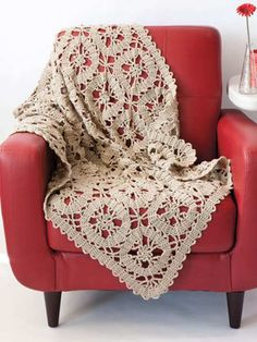 Vintage-looking lace crochet afghan