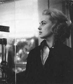 """Jeanne Moreau dans """"Ascenseur pour l'échafaud"""""""