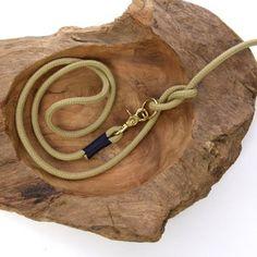 TAU STIL - Leine aus Tau (8mm) - natur.nachtblau - Messing Messing, Cord, Leather, Jewelry, Inspiration, Dog Leash, Nature, Biblical Inspiration, Cable