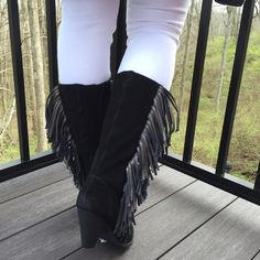 """Reba Cowgirly Black Mid Calf Suede Boots NWOB, Reba Cowgirly Mid Calf Suede Boots. Shaft measures approx 12.5"""" from arch. Leather upper Suede w/metallic leather fringe, Inside zipper closure with stretch goring. Textile lining. Rubber outsole. Approx 3"""" heel. You can wear these with jeans, jeggings, shorts, denim skirts or dresses. You will definitely have all eyes on you when you wear these. Super fashionable and comfortable! has tags & silver sharpie pricing on sole, which will come off…"""