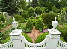 Classic Connecticut Garden