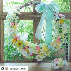 """一会レッスン on Instagram: """"リースの #ブーケ は、#新郎新婦diy  左側から花嫁さん、 右側から花婿さんが作り始めて、こんなに可愛くできました! @bouquetichielesson  昨日のレッスンでは完成写真をゆっくり撮れなかったので、お詫びに今日私の方で写真を撮っておきました!…"""" Wreaths, Instagram, Decor, Door Wreaths, Decorating, Deco Mesh Wreaths, Dekoration, Deco, Decorations"""