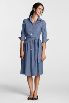 I wonder if I could pull off a shirtdress?  This one looks so comfortable!
