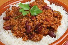 Chili con carne Weight Watchers, recetted'un délicieux ragoût épicés de boeuf haché et haricots rouge cuit dans une sauce aux tomates facile à réaliser.