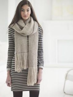 Worsted Weight Street Chic Seed Stitch Scarf | AllFreeKnitting.com