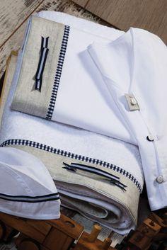 Baptism in elegance Baby Favors, Chanel Boy Bag, Christening, Baby 2014, Oilcloth, Shoulder Bag, Angel Wings, Elegant, Mobiles
