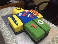 My sons Roblox noob cake
