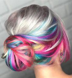 INSPIRAÇÕES DE CABELOS COLORIDOS MAIS INCRÍVEIS DO MUNDO Pulp Riot Hair Color, Cheveux Ternes, Underlights Hair, Pastel Pink Hair, Pastel Rainbow Hair, Ombré Hair, Festival Hair, Funky Hairstyles, Headband Hairstyles