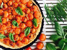 Cherry Tomato and Onion Jam Tart Jam Tarts, Onion Jam, Kid Friendly Meals, Cherry Tomatoes, Herbs, Vegetables, Recipes, Food, Inspiration