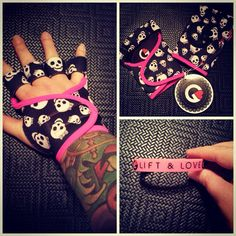 Yaaaay! My new weighlifting gloves came from @glovegirl today!!!! I am SO in love with them already! SO comfy and the fit is perfect!  #gimmeyourbarbell
