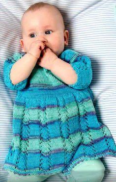 Детское платье спицами для малышки от 9 до 15 месяцев