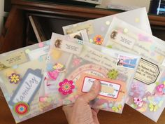 Vellum or Glassine Envelopes - The Lost Art of Letter Writing.: Let's get TRANSPARENT (with our letter-writing) Pen Pal Letters, Pocket Letters, Letters Ideas, Snail Mail Pen Pals, Snail Mail Gifts, Mail Art Envelopes, Glassine Envelopes, Fun Mail, Decorated Envelopes
