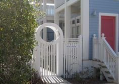 Love this for a picket fence and gate for front yard