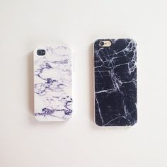 white + black marble phone cases | Enter the Casetify giveaway!