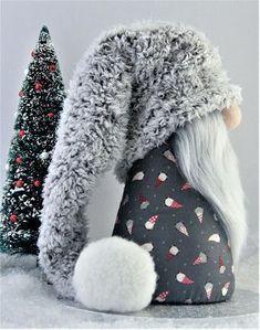 Gnomes Tomte Nisse Or Tonttu Christmas Sewing, Christmas Gnome, Christmas Projects, Etsy Christmas, Scandinavian Gnomes, Scandinavian Christmas, Diy Cadeau Noel, Gnome Hat, Theme Noel