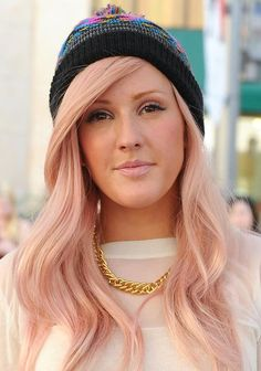 Ellie Goulding: My favorite singer and fashion inspiration! This girl is amazing.