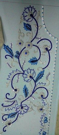 Front portion caftan in silver work/ blue stones - - Tops Zardozi Embroidery, Pearl Embroidery, Tambour Embroidery, Silk Ribbon Embroidery, Hand Embroidery Designs, Beaded Embroidery, Embroidery Stitches, Embroidery Patterns, Machine Embroidery
