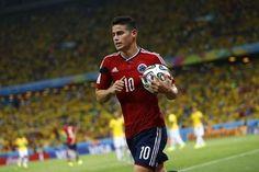 El gol de James Rodríguez ante Uruguay, elegido el mejor del Mundial - Yahoo Deportes