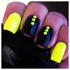 Summer is just around the corner and neon nail designs are on the top for all fashionistas.Look through the gallery and choose your favorite neon nail art design! Diy Neon Nails, Neon Nail Art, Glitter Nails, Get Nails, Love Nails, Uñas Color Neon, Neon Nail Designs, Studded Nails, Yellow Nails