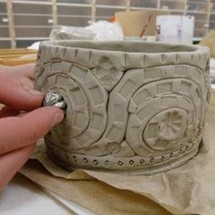 great tutorial - but using extruder for coils would definitely improve similarity of coils & cut time! Ceramics1. Coil pot.