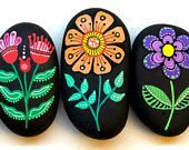 RESERVED**** I Sassi dell'Adriatico - Hand Painted Stone (Adriatic Sea) Flowers / Set of 5 stones