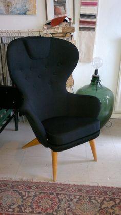 made by Anu-Riina: huhtikuuta 2013 Egg Chair, Furnitures, Armchair, Lounge, Design, Home Decor, Sofa Chair, Airport Lounge, Single Sofa