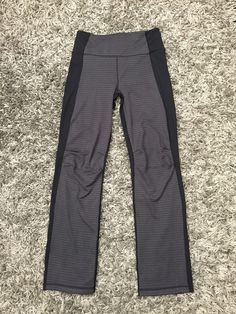 Lounge around or workout in our comfortable Everyday Pant! #yoga #yogawear #runner #loungewear #runninggear #athleticwear #comfypants #lynxsportswear