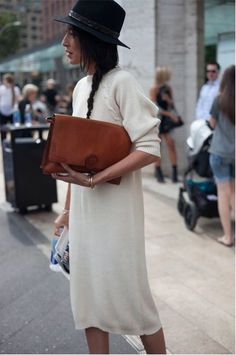 Black fedora, cream knit dress & tan leather handbag | @styleminimalism