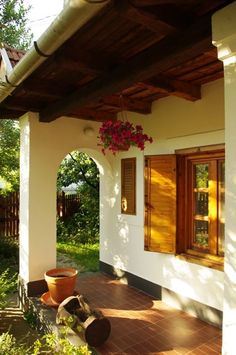 Mediterranean homes – Mediterranean Home Decor Small Mediterranean Homes, Small Country Homes, Thatched House, Adobe House, Canopy Outdoor, Outside Living, Village Houses, Cottage Homes, Traditional House