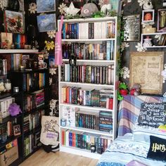 43 Trendy home library study black bookshelf Bookshelf Inspiration, Room Inspiration, My New Room, My Room, Deco Gamer, Dream Library, Home Libraries, Aesthetic Rooms, Home And Deco